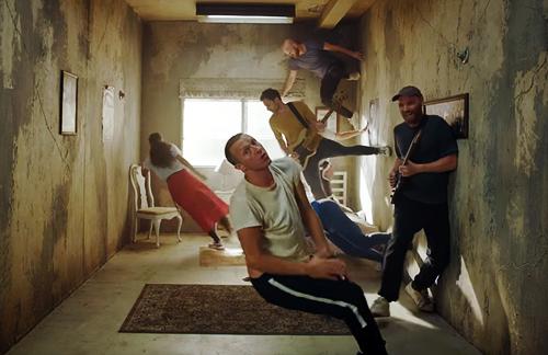 Coldplay - Orphan