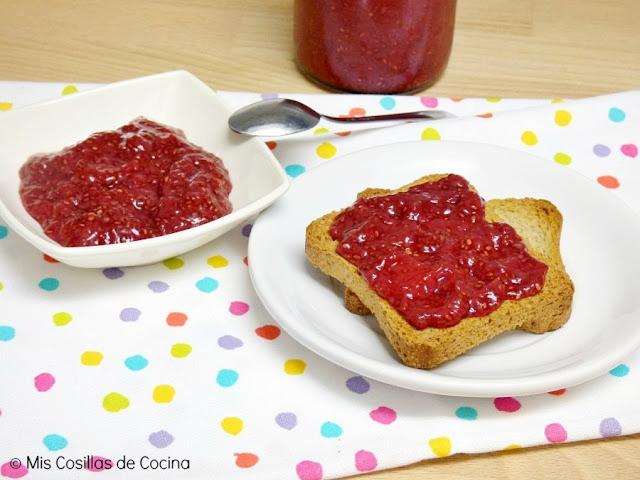 mermelada-semillas-chia-fresas