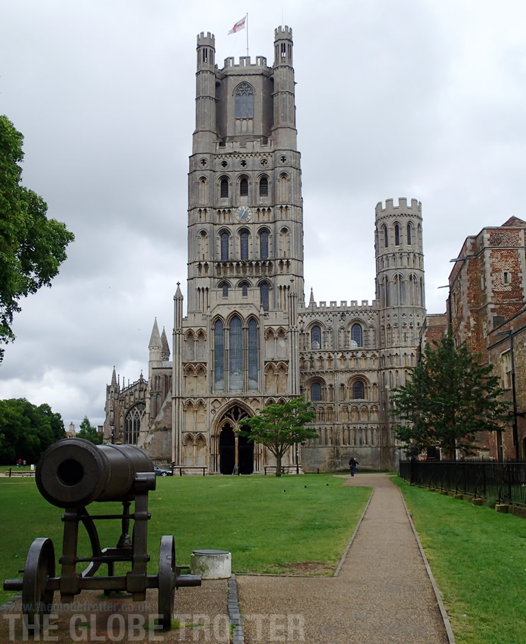 Visiting the Ely Cathedral in Cambridgeshire