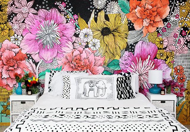 Alisaburke bedroom makeover Mural of flowers