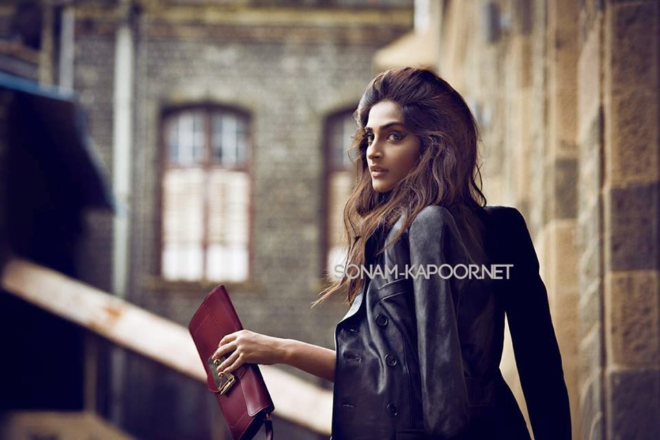 Sonam Kapoor Looking Hot and sexy on Vogue September 2014
