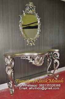 furniture klasik mewah jual meja konsul klasik french duco ukir jati jepara di toko jati klasik eropa mewah mebel asli jepara jati