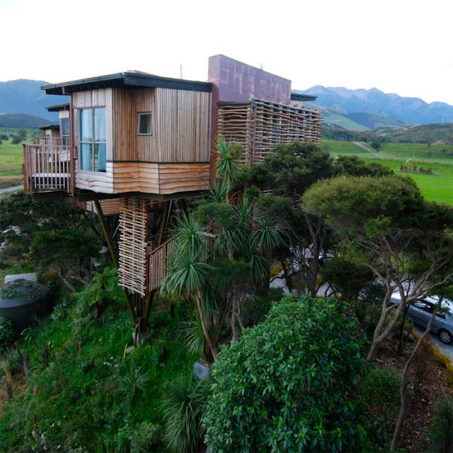 شاهد صور 29 منزل فوق الأشجار سيعجبك أن تعيش بها  Top-29-Treehouses-Hapuku-740x740