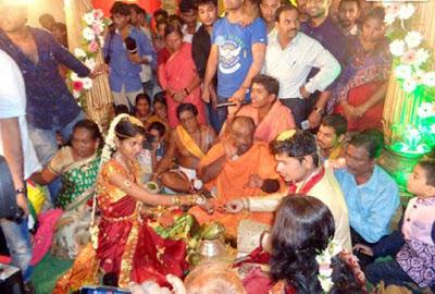 singer-madhu-priya--srikanth-marriage-photos5