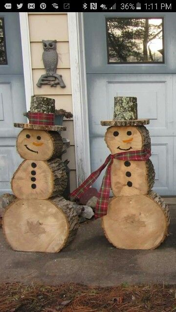 How to recycle recycled snowman christmas decor for Snowmen made from tires