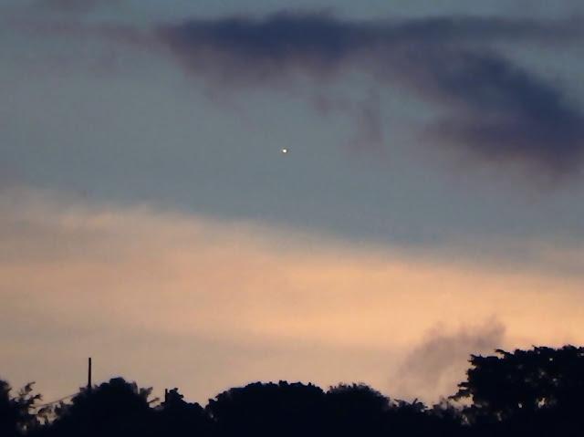 Sao Kim trên bầu trời Rio de Janeiro chiều 28/6 lúc 5 giờ 23 chiều. Tác giả hình: Helio C. Vital.