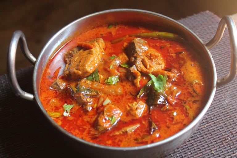 Madras Fish Curry Recipe - Chennai Fish Curry Recipe - Yummy