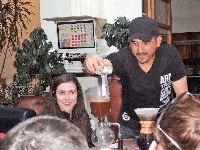 プロのバリスタが淹れる本格コロンビアコーヒー