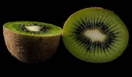 कीवी फल खाने से होते है ये 17 बेहतरीन फायदे