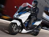 Spesifikasi dan Harga Honda Forza 150, Harga Dibawah 25 Jutaan??