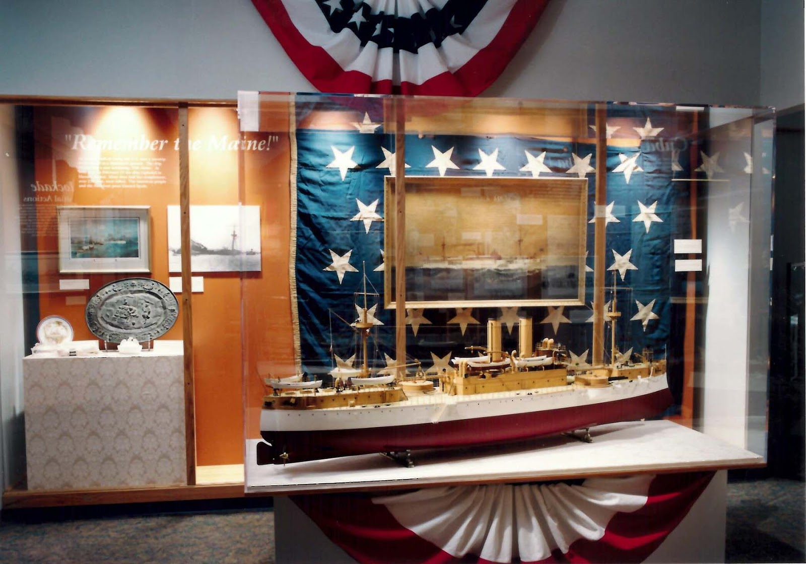 Exhibition Booth In Spanish : Hampton roads naval museum in praise of the divine miss m