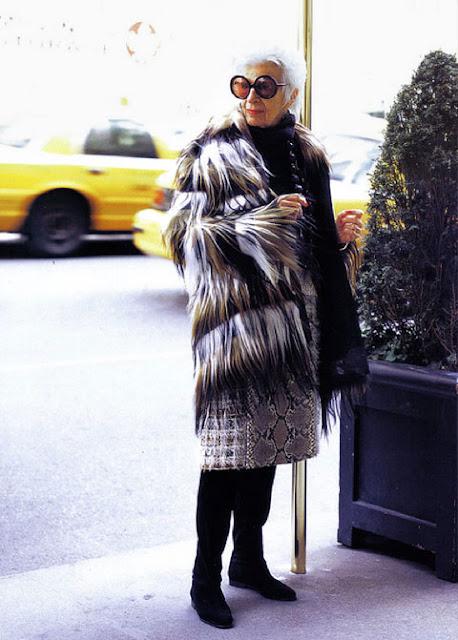 moda, diane keaton, linda rodin, helen mirren, aktorki, hollywood, styl, stylowo, stylowe, szyk, elegancja, jak się ubierać, jak się ubierać po 40-stce, dojrzały wiek, moda po 40, moda dla 40