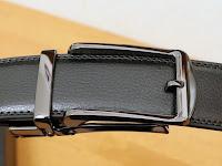 NEWHEY 革メンズベルト おおきいサイズ125cm穴なしバックル