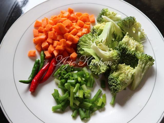 Nasi Goreng Daging Pekasam