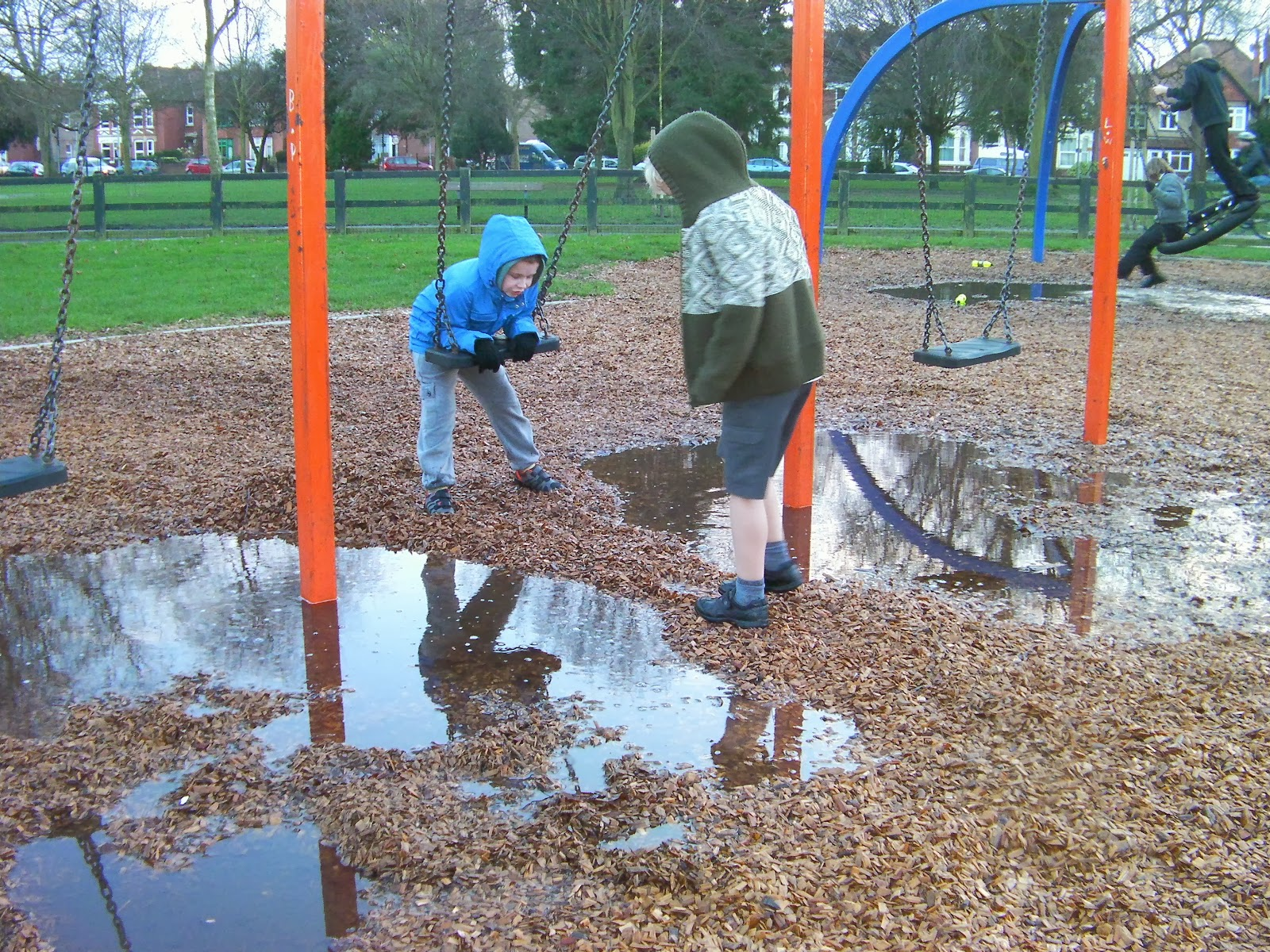 milton park portsmouth orange swings