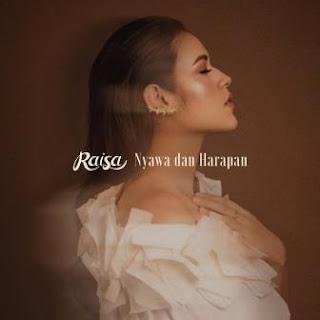 Lagu ini ada di dalam album Handmade yang didistribusikan oleh label Juni Records Lirik Lagu Raisa - Nyawa dan Harapan