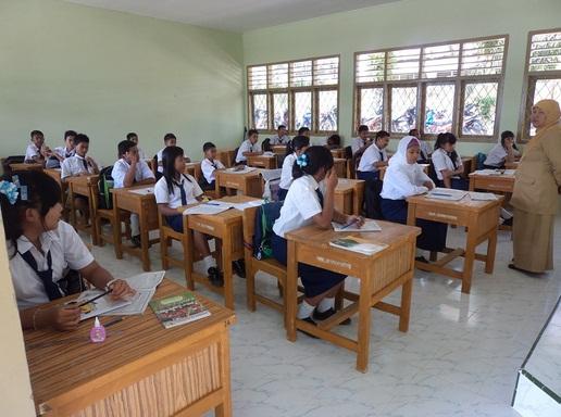Rasio Siswa dan Guru SMP/MTs yang Ideal Berdasarkan Permendikbud/Permendiknas/Peraturan Pemerintah