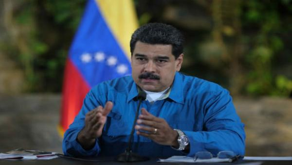 Maduro amenaza a empresarios para que respeten control de precios: Si tengo que convertirme en un dictador, lo haremos por las malas