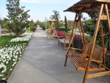 Blumengärten Hirschstetten / Hollywoodschaukel