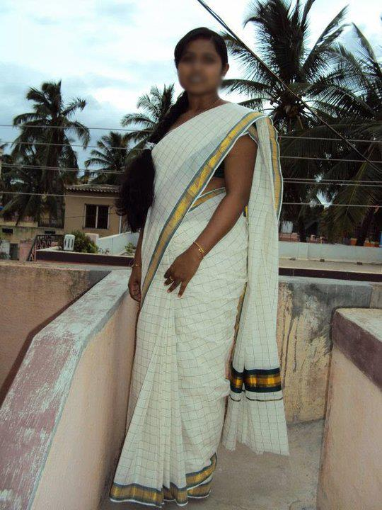 Indian Long Hair Girls Kerala Women In Traditional Saree -4220
