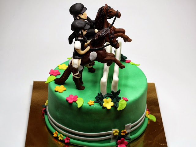 Jockeys on Horses Birthday Cake - London