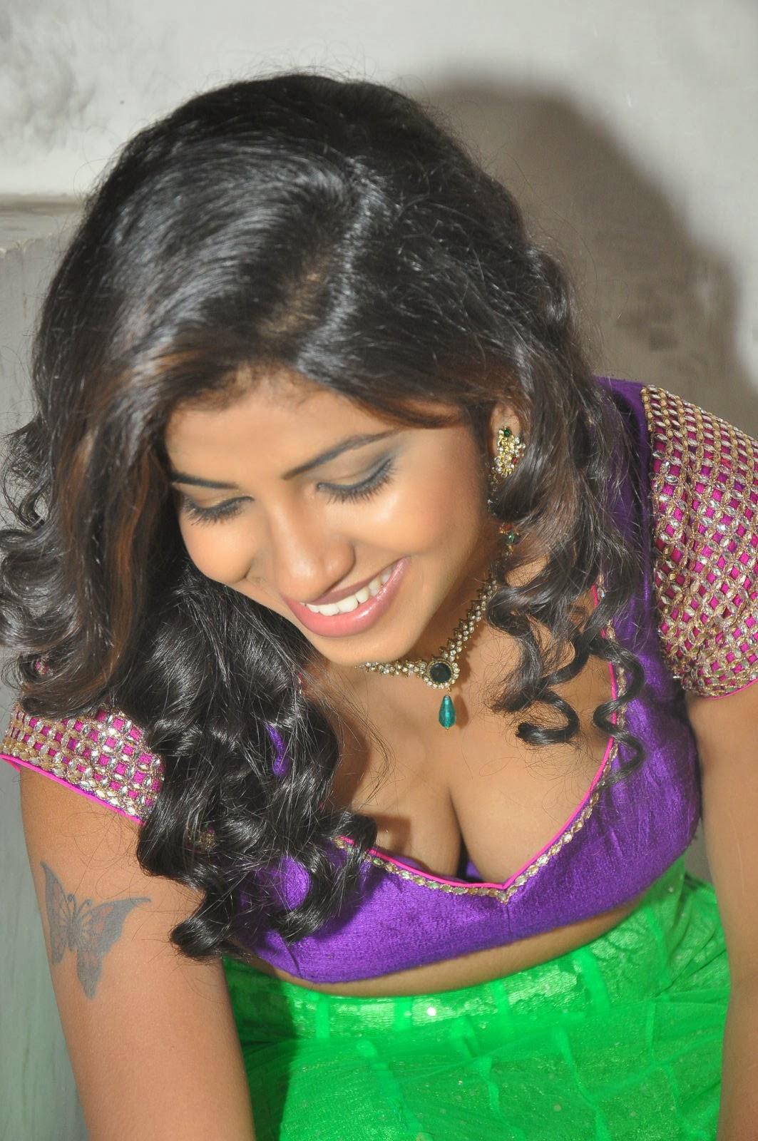 Andhra Hot Aunty Geetanjali Saree Removing Wantedly -5115