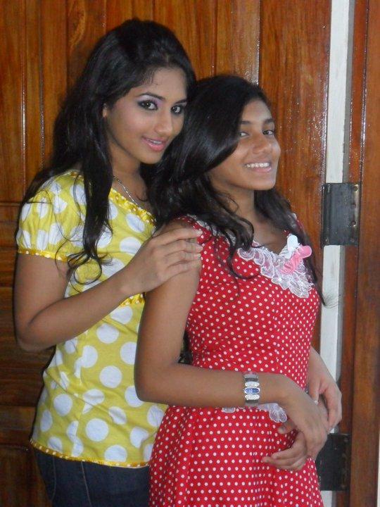 Sinhala movie hot aunty boobs press and suck - 1 4