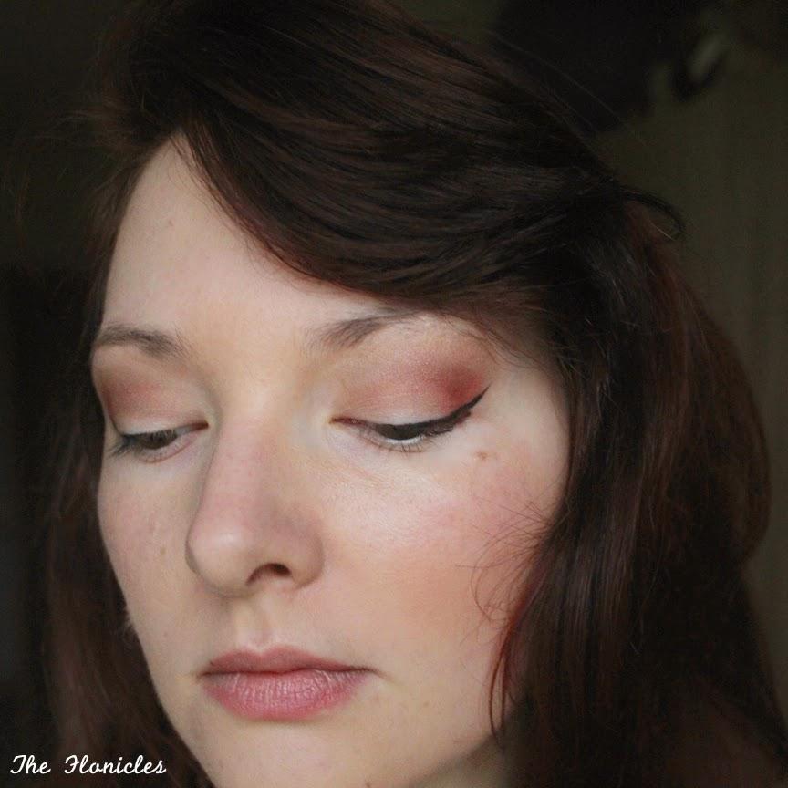 Maquillage : touche de rouge automnale sur mes yeux