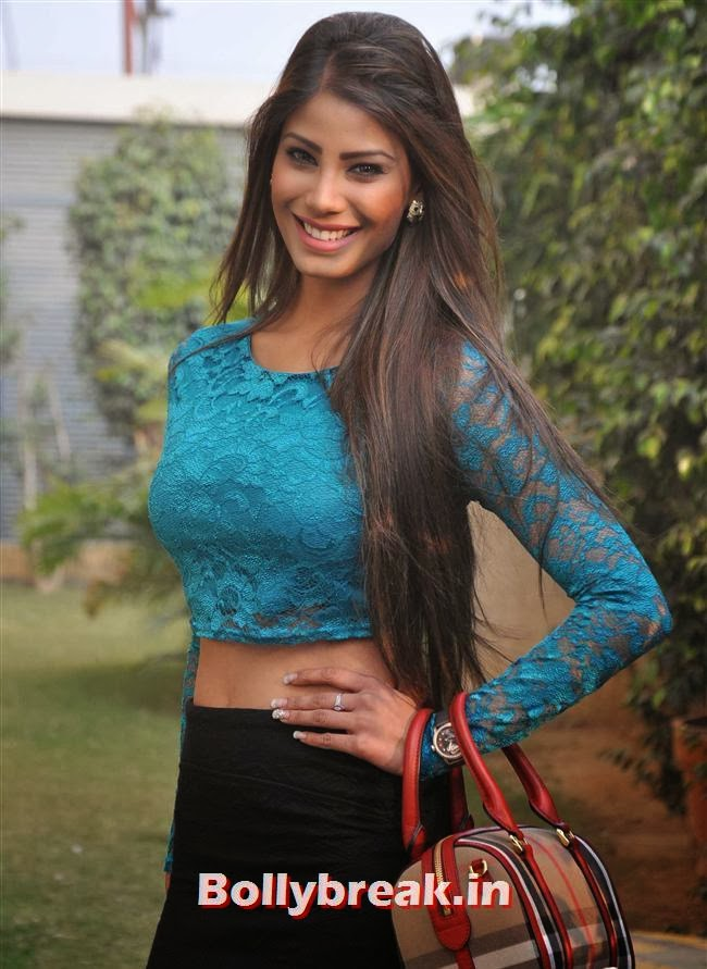 Nicole Faria in Green Dress Promotoes - 95.0KB