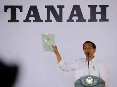 Presiden Bagikan 5.500 Sertifikat di Tegal