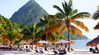 beach-honeymoon-destinations-st.-lucia