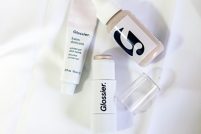 Glossier Haloscope in Quartz Review