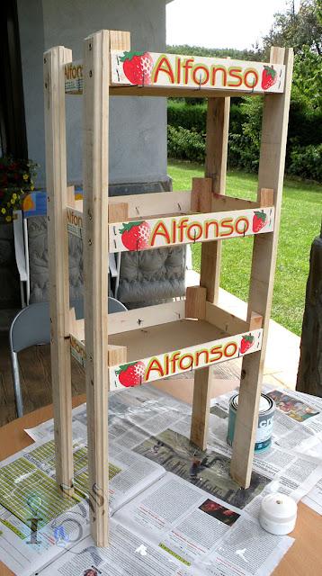Montaje-estanteria-cajas-fresas-Ideadoamano