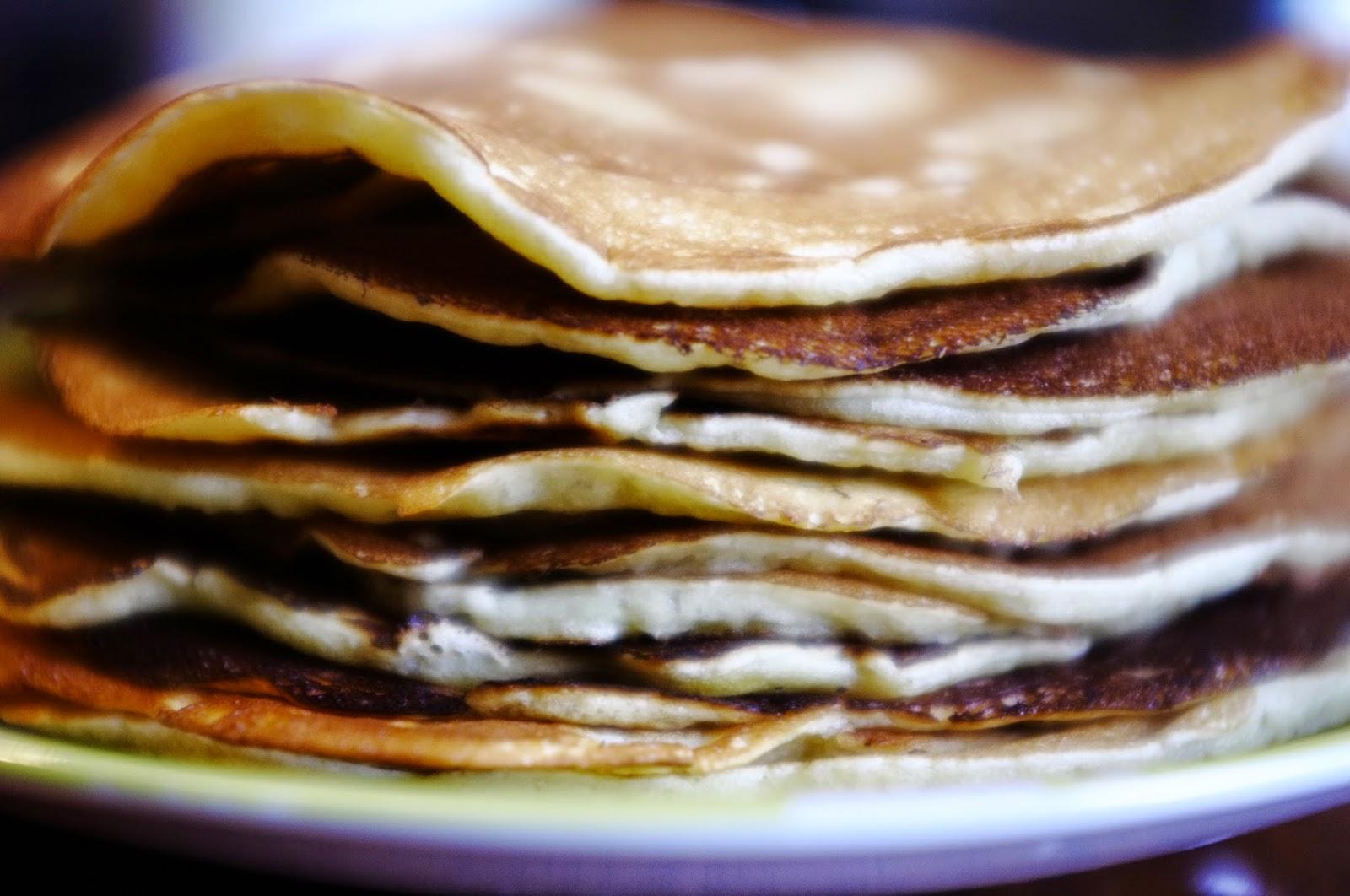 http://ielonah.blogspot.fr/2014/07/pancakes-avec-amour.html