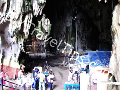 stores at batu caves entrance