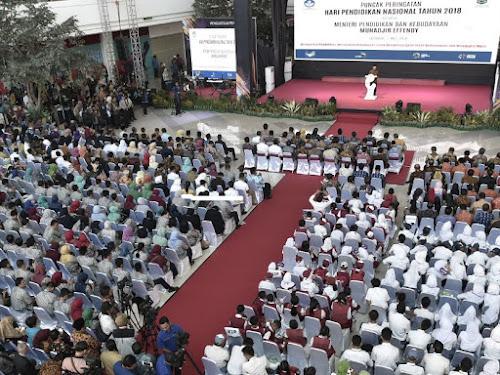 Puncak peringatan Hardiknas 2018 di Lombok