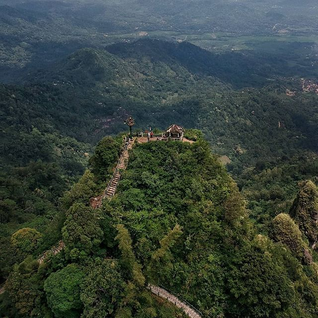 Puncak suroloyo - wisata alam menarik di Kulon Progo