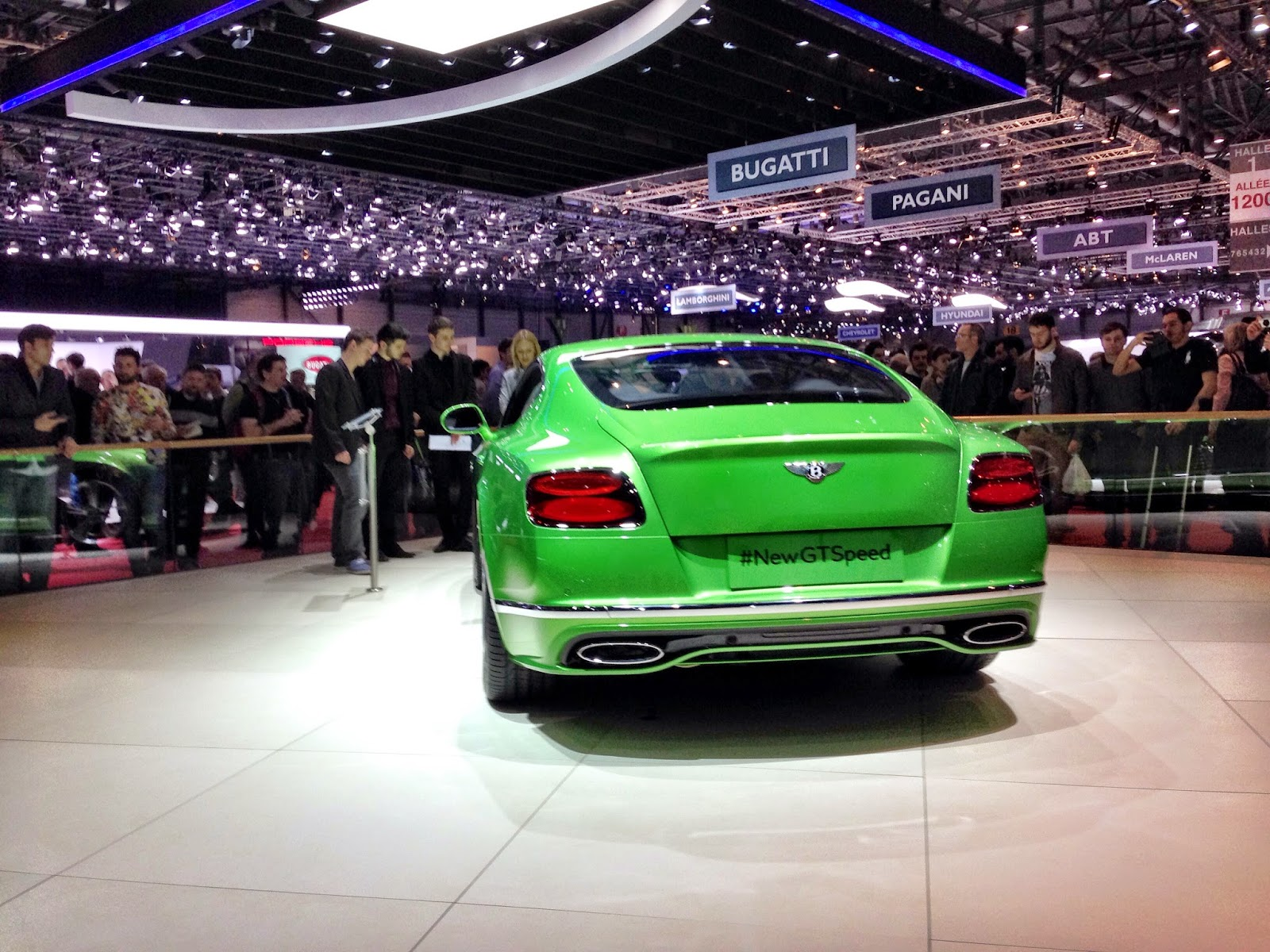 bentley genfer autosalon