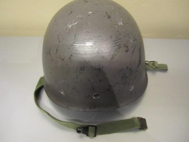 Jos päähineistä puhutaan niin sotilaan varustukseen kuuluu tietenkin myös  kypärä ja mosa m Jaakko Valtanen ei ollut mistään komposiittikypäristä  koskaan ... a3b8ed984c