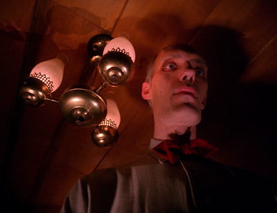 Twin Peaks 2x01 - May The Giant Be With You - Che Il Gigante Sia Con Te