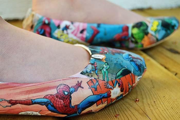 süper kahraman baskılı ayakkabı