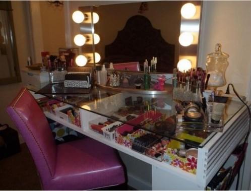 DIY-Bedroom-Makeup-Vanity-Table 20 Unbelievable Make-up Self-importance Desk Concepts Interior