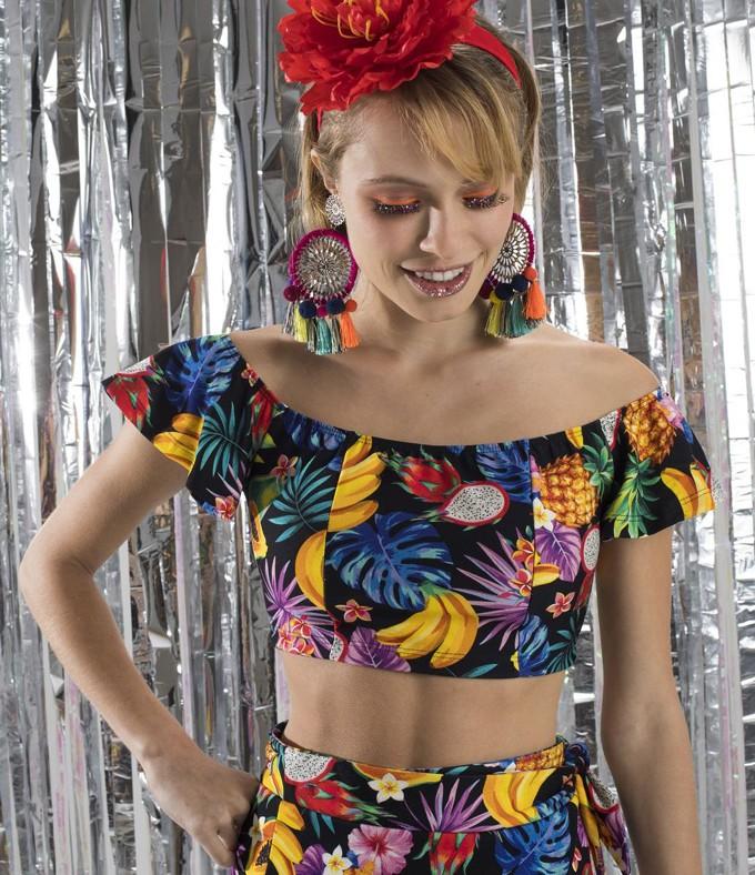 Fantasia de baiana improvisada barata para o carnaval