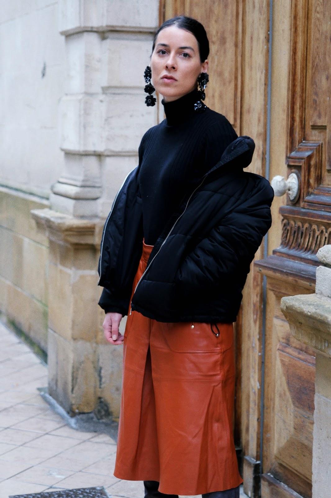 idée de look hiver doudoune et cuissardes