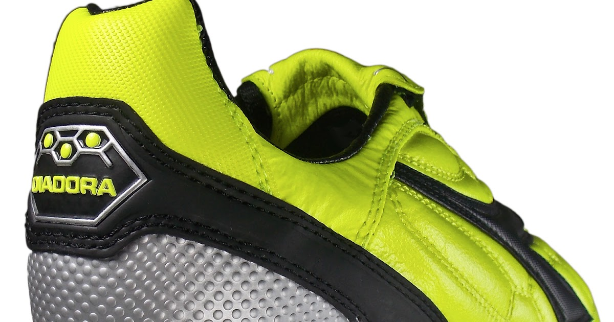 Best Tennis Shoes For Working Retail