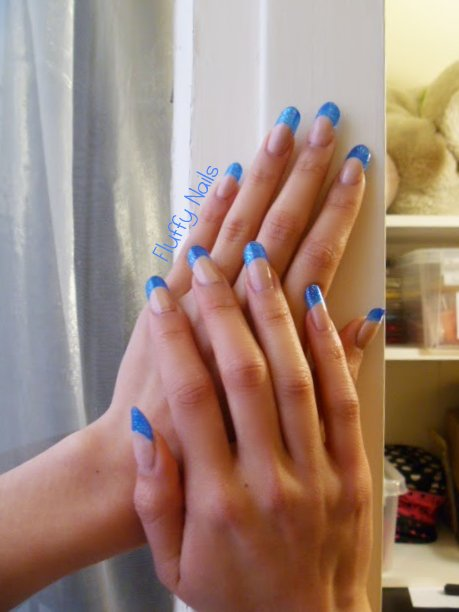fluffy nails french vitrail bleu paillet e yes love opi sur faux ongles en gel. Black Bedroom Furniture Sets. Home Design Ideas