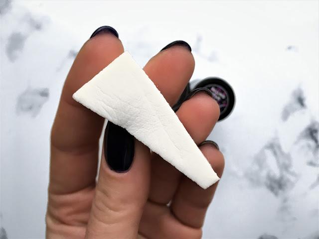 gąbeczka do tworzenia efektu ombre na paznokciach