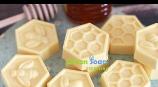 ΚΑΘΑΡΑ ΧΕΡΙΑ: Αφιέρωμα στο μέλι