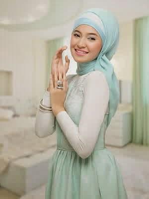Gambar Baju Muslim Marshanda Terbaru 2015