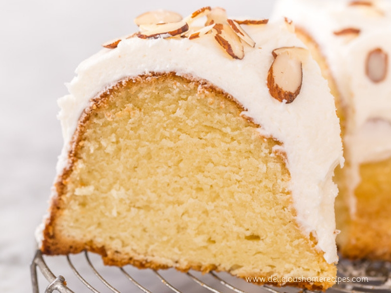 Easy Almond   Amaretto Pound Cake